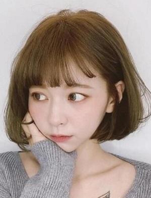 <b>女生卷发短发发型怎么打理?卷发后保养注意事项</b>