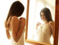 <b>女性如何保护胸部之乳房自检</b>